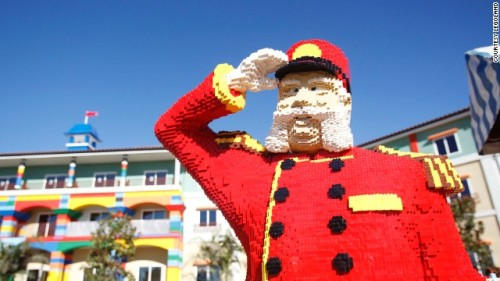 130412131907-legoland-hotel-california-story-top