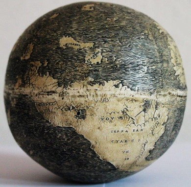 New World in Ostrich_egg_globe