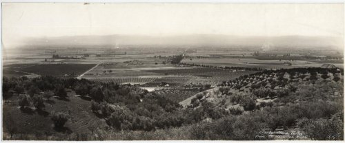 before-it-was-silicon-valley-the-santa-clara-valley-was-a-land-of-orchards-and-farmland-this-photo-taken-from-the-top-of-mount-hamilton-in-1914-shows-the-wide-expanse-of-the-valley