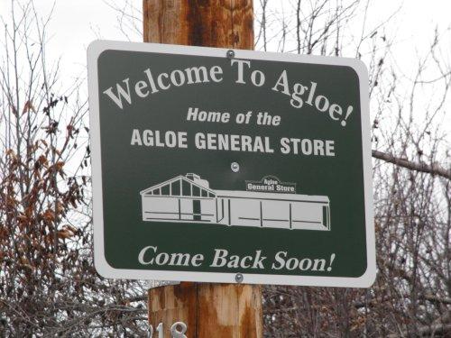 agloe-sign-4e00954ce4d97bd3612e5b62964bc06acb0182ba-s1600-c85