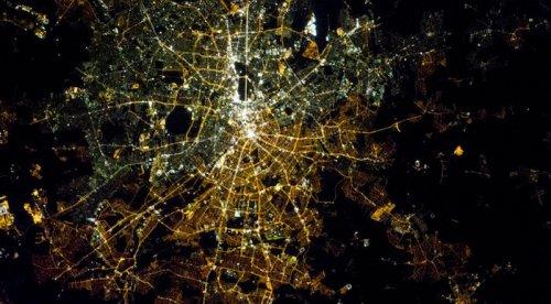 Berlin_ISS_night