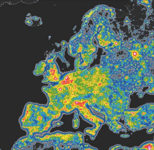 Light-Polution-Map-Europe-Geoawesomeness