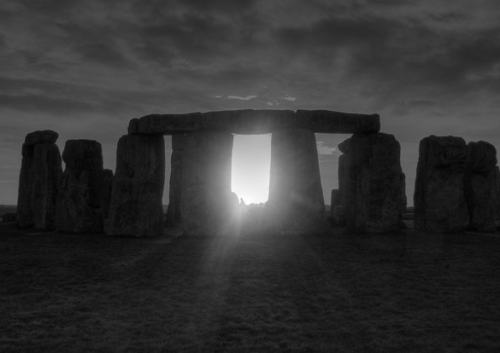 Stonehenge solstice sunset Pete Glastonbury, 2008