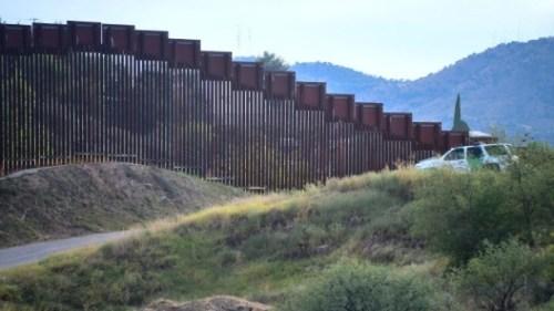 border-walls.jpg